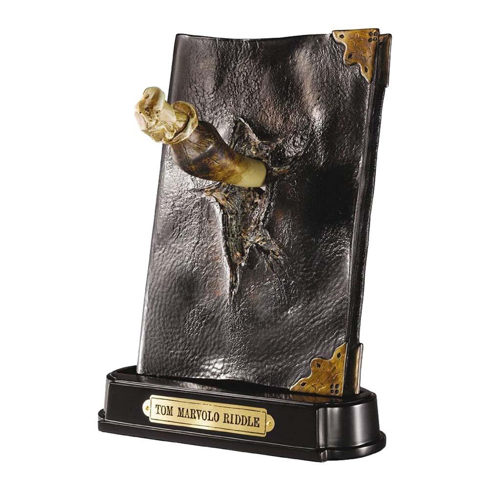 Diario di Tom Riddle con zanna di Basilisco